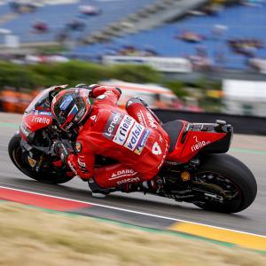 MotoGp: Giornata no in casa Ducati, Dovizioso fuori dalla Q2 e Danilo Petrucci in terra, di Roberto Pagnanini