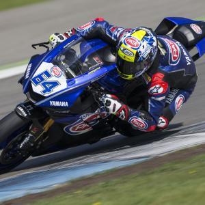 La Cattedrale del motociclismo accoglie la SBK: 6° e 7° posto per i piloti GRT dopo il venerdì di prove, di Roberto Pagnanini