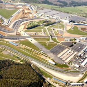 MotoGp: Silverstone, li dove decollavano gli Spitfire, di Roberto Pagnanini